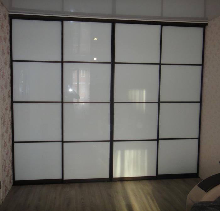 Большой шкаф-купе-Шкаф-купе из стекла Лакобель «Модель 178»-фото2