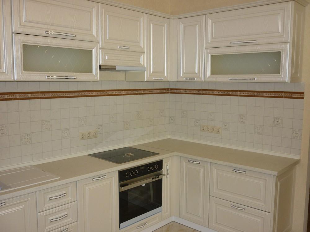 Белый кухонный гарнитур-Кухня МДФ в ПВХ «Модель 213»-фото1