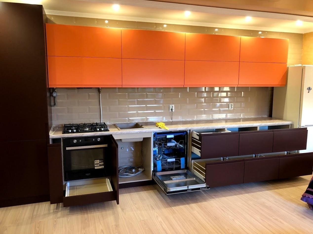 Встроенная кухня-Кухня МДФ в эмали «Модель 571»-фото2