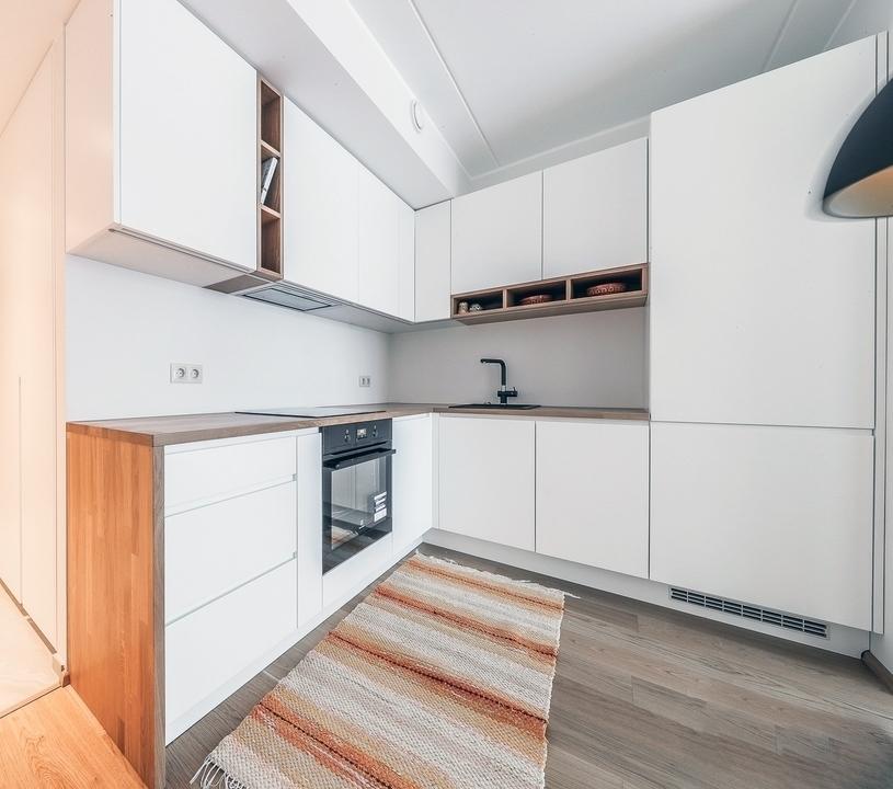 Белый кухонный гарнитур-Кухня МДФ в эмали «Модель 607»-фото1
