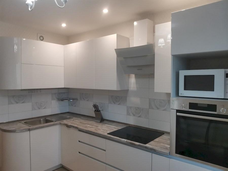 Белый кухонный гарнитур-Кухня МДФ в ПВХ «Модель 574»-фото4